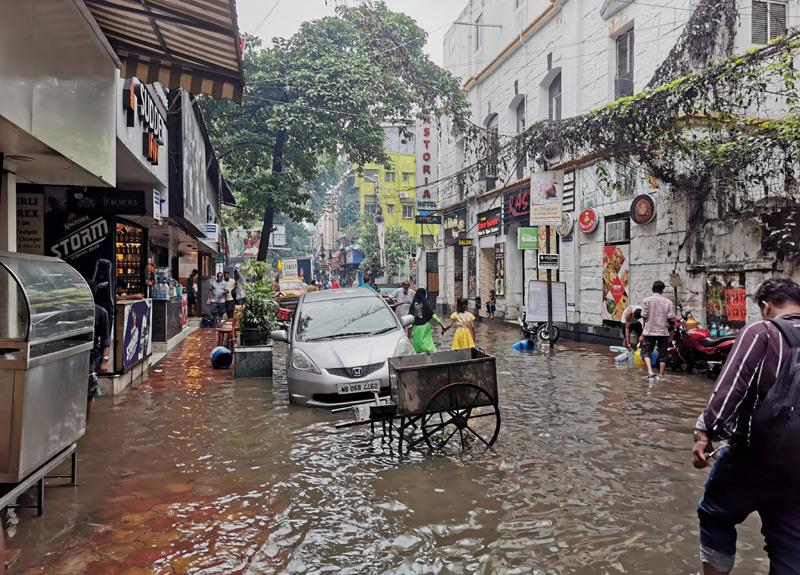 サダルストリート2019年 雨季