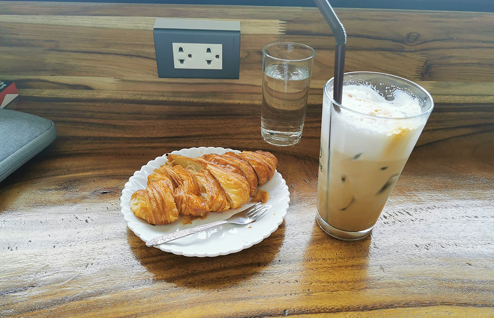 DaDa cafe ビエンチャン